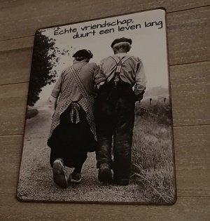 Bordje: Echte vriendschap duurt een leven lang