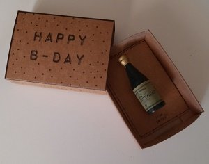 Happy b-day verrassingsdoosje