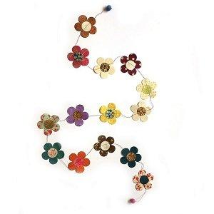 Slinger met bloemen