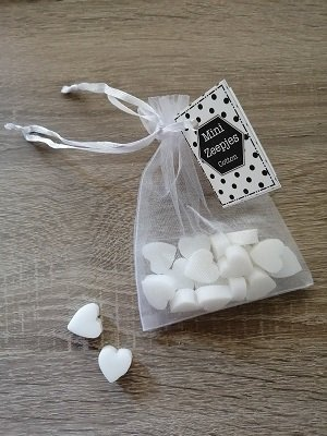 Mini zeepjes in hartvorm