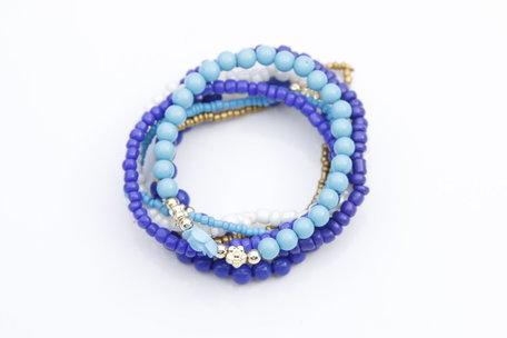 Armbanden blauw wit