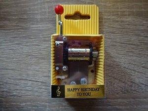 Muziekdoosje, Happy Birthday To You