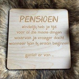 Wenskaart (van hout) Pensioen