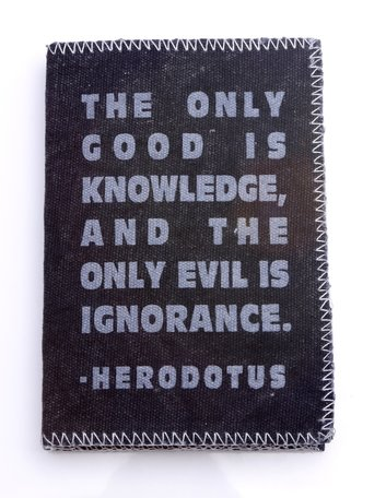 Note book - The only good is knowledge (zwart)
