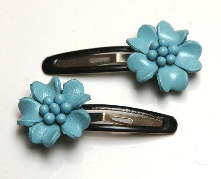 2 Haarclipjes met leren bloem