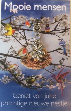 Mooie mensen/ geniet van jullie prachtige nieuwe nestje
