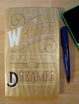 Notitieboekje, a writer...