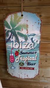 Zomerse houten Ibiza bordjes met leuke print