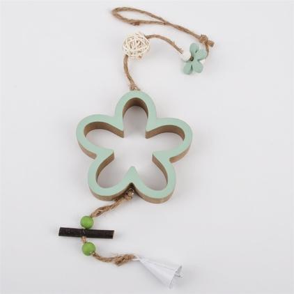 Houten hangers, bloem of hart