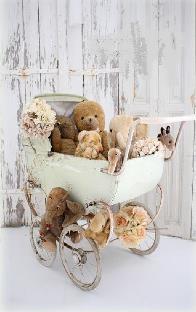 bordje Kinderwagen met knuffels
