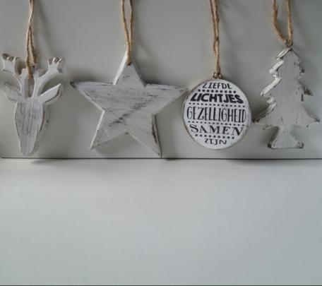 Kerst-set: kerstboom, ster, hert en kerstbal