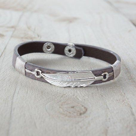 Armband grijs, met veer
