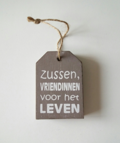 Zussen, houten hanger