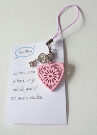 Sleutel gelukshanger (roze)