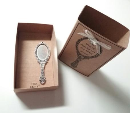 Spiegeltje (in een doosje)