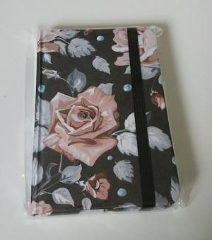 Notitieboekje met rozen