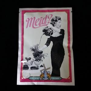 Postkaart met losse thee (Meid?)