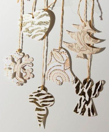 Kerst ornamenten in goud