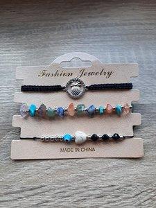 3 armbanden met natuursteen