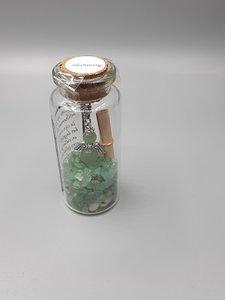 Glazen flesje met beschermengel van natuursteen Aventurijn