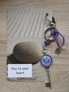 Tassenhanger Sleutel Key to your heart Amethist