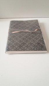Notebook met leren kaft