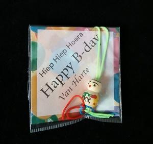 Kaartje happy b day met gelukspoppetje