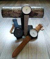 Dames horloge met grote wijzerplaat
