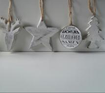 Kerst-set met hert, ster, kerstbal en kerstboom
